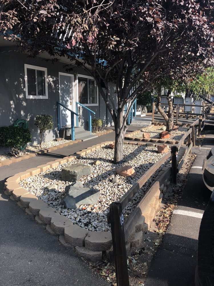 Country Village Apartments: 510 Country Village Dr, Carson City, NV