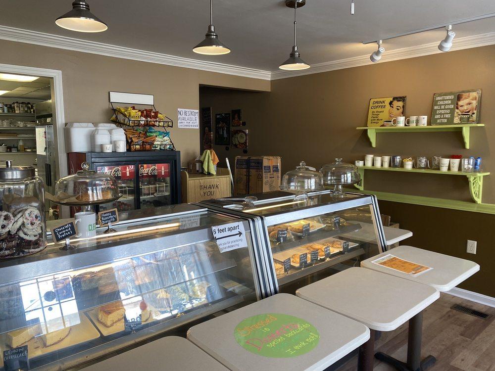 Cleos Bakery: 9 West Jennings, Newburgh, IN