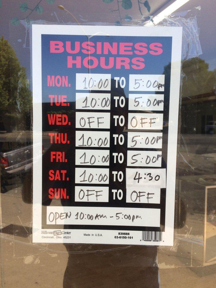West Capital Barber Shop | 1536 W Capitol Ave, West Sacramento, CA, 95691 | +1 (916) 371-2563