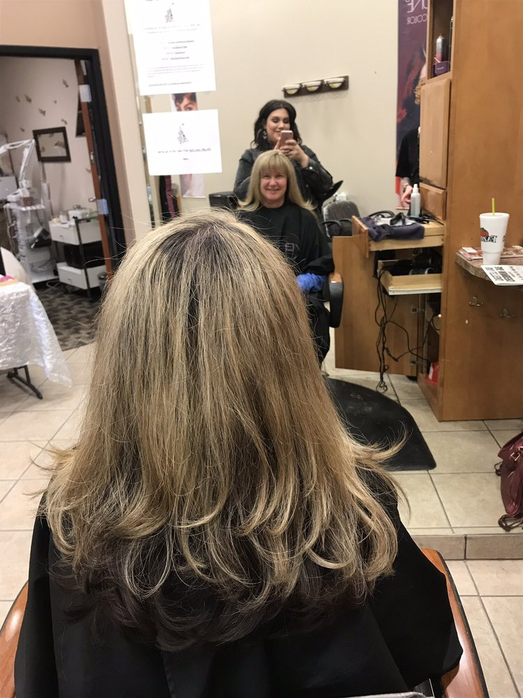 Panache Salon & Day Spa: 14513 W Center Rd, Omaha, NE