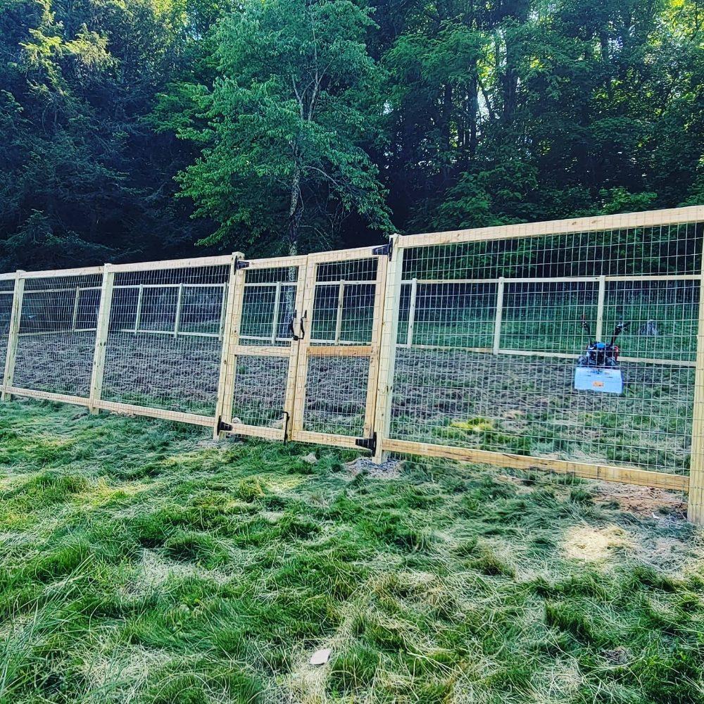 LJL Fence Company: Cedar Bluff, VA