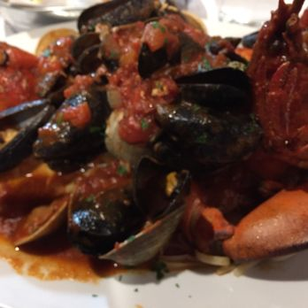 Lobster House - 123 Photos & 129 Reviews - Seafood - 300 Mounts Corner Dr, Freehold, NJ ...