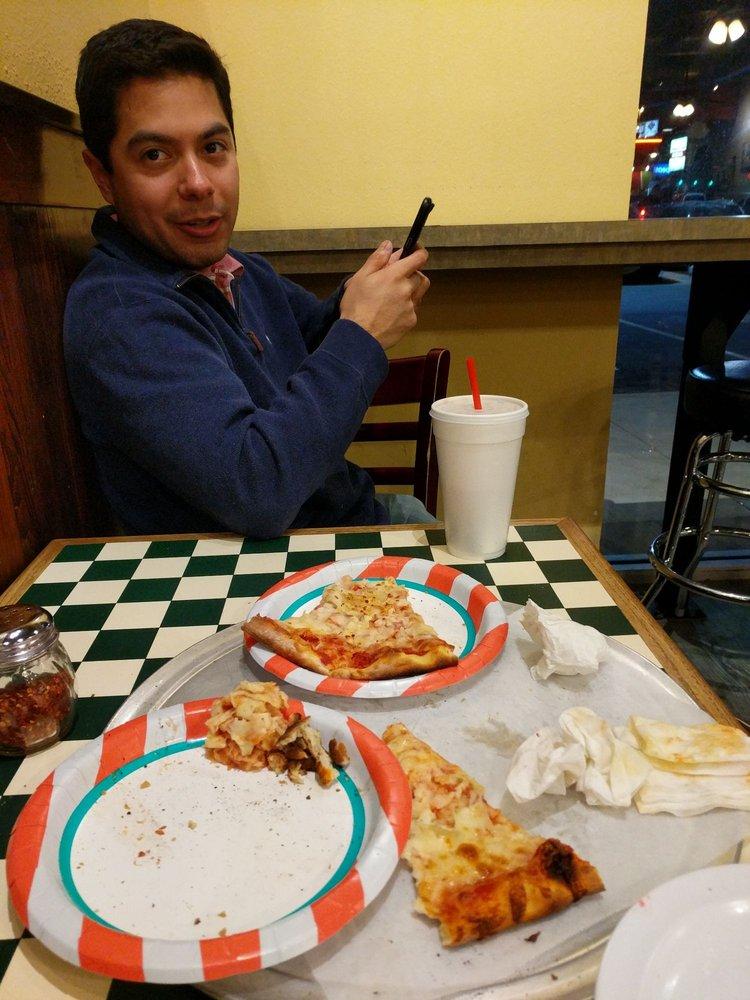 Capos Pizza
