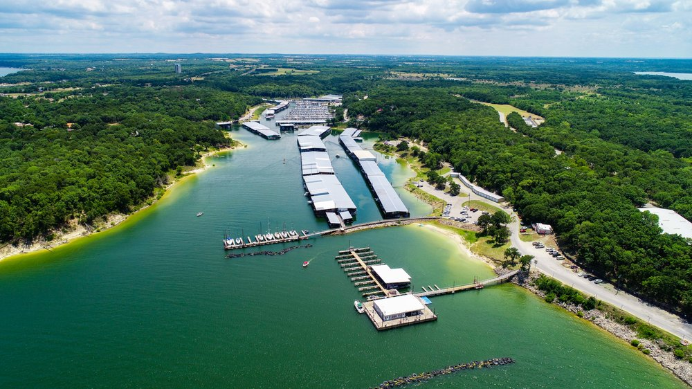 Grandpappy Point Resort & Marina: 132 Grandpappy Dr, Denison, TX