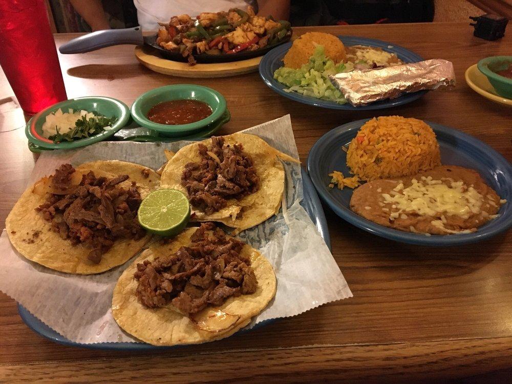 El Pacifico Mexican Restaurant: 429 Rodney Orr Byp, Robbinsville, NC
