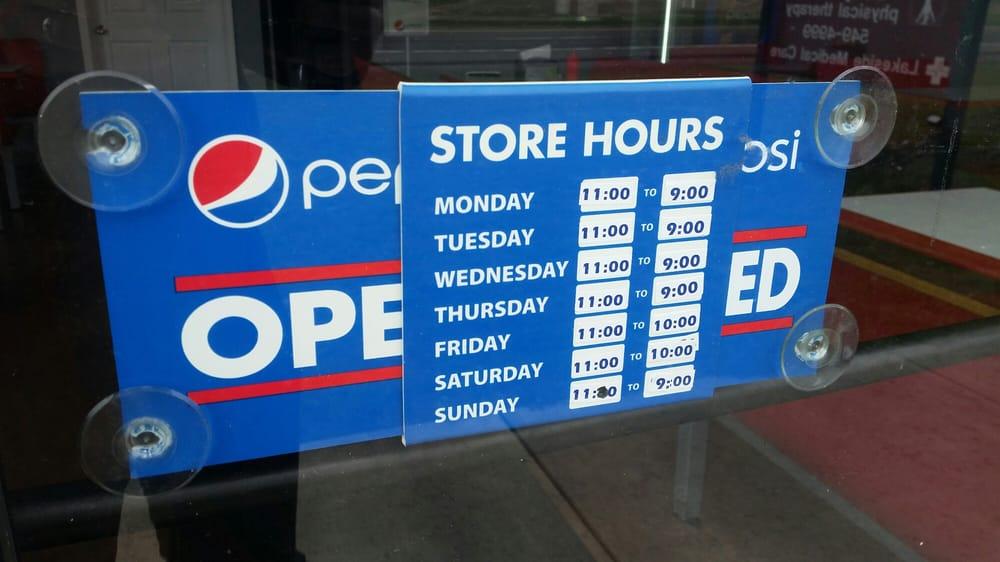 Tredo's Pizza: 8746B Erie Rd, Angola, NY