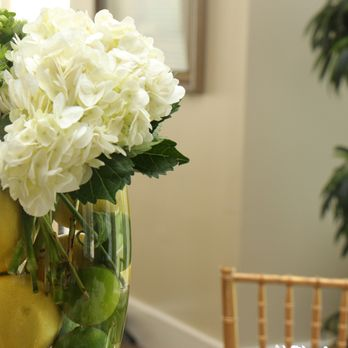 Photo of Fifty Flowers - Ojai, CA, United States. Wedding Centerpieces created with