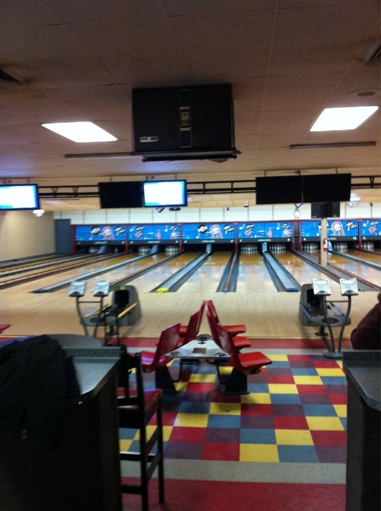 Arnold Bowl: 1140 Jeffco Blvd, Arnold, MO