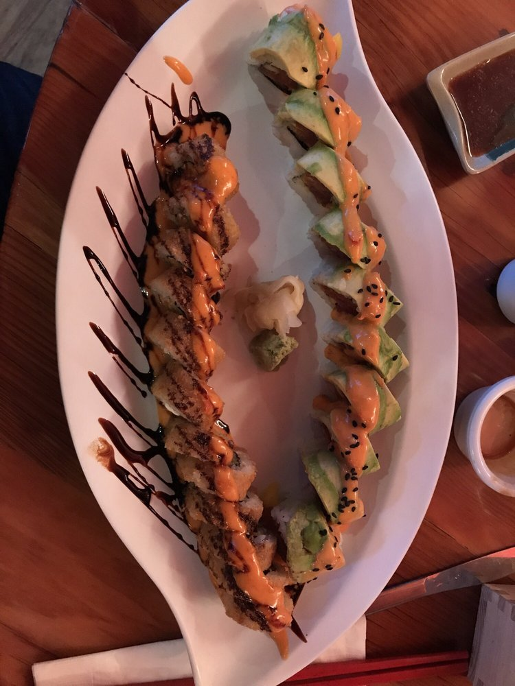 Food from Dave's Sushi