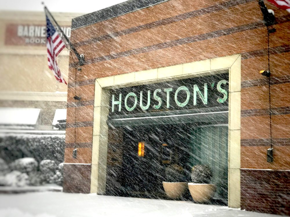Houston S Restaurant 656 Photos 623 Reviews American Traditional 1 Riverside Sq Mall Hackensack Nj Phone Number Yelp