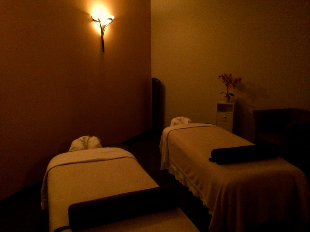 Our beautiful couples suite perfect for bonding with that for Couple spa near me