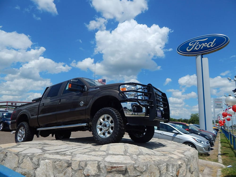 Payne Rio Grande City Ford: 5353 E US Hwy 83, Rio Grande City, TX