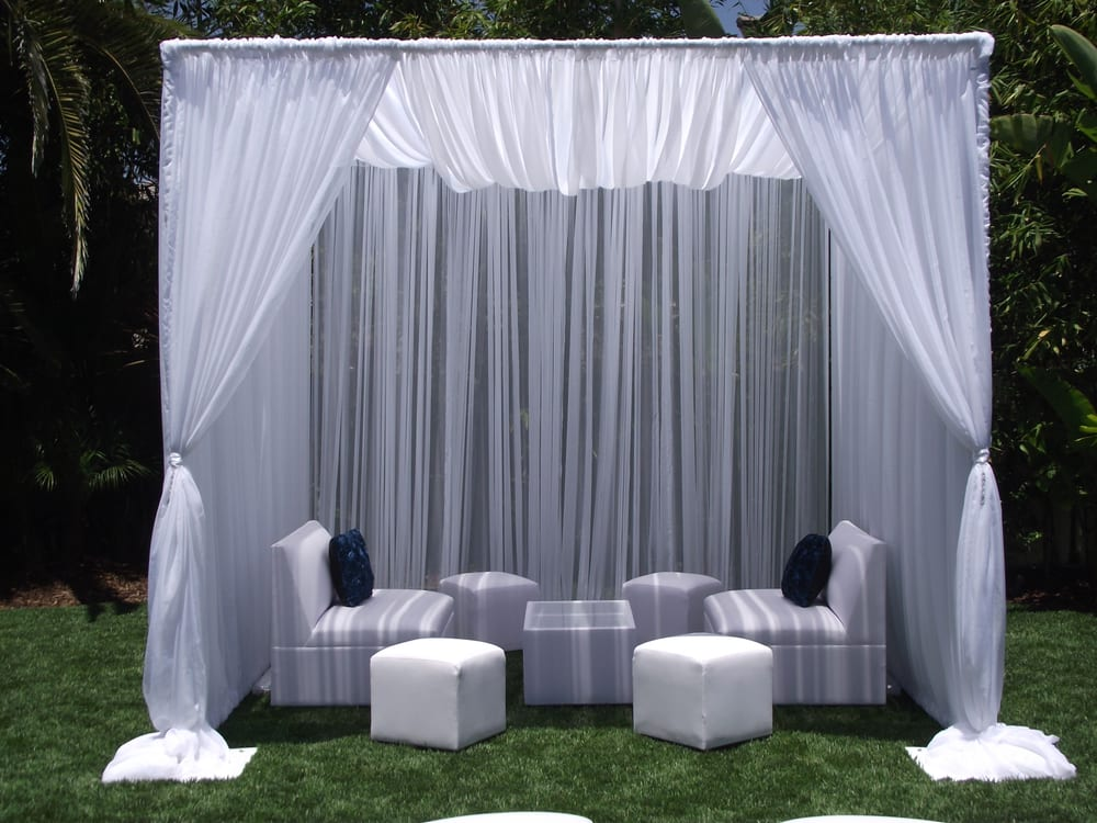 Elegant Cabana With Lounge Furniture For Your Indoor And