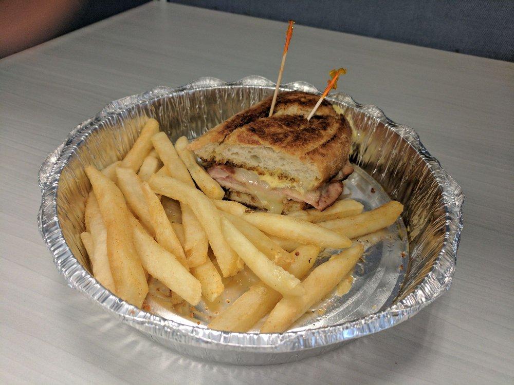 2 Bros Coastal Cuisine: 361 Kingsworth Ln, Leland, NC
