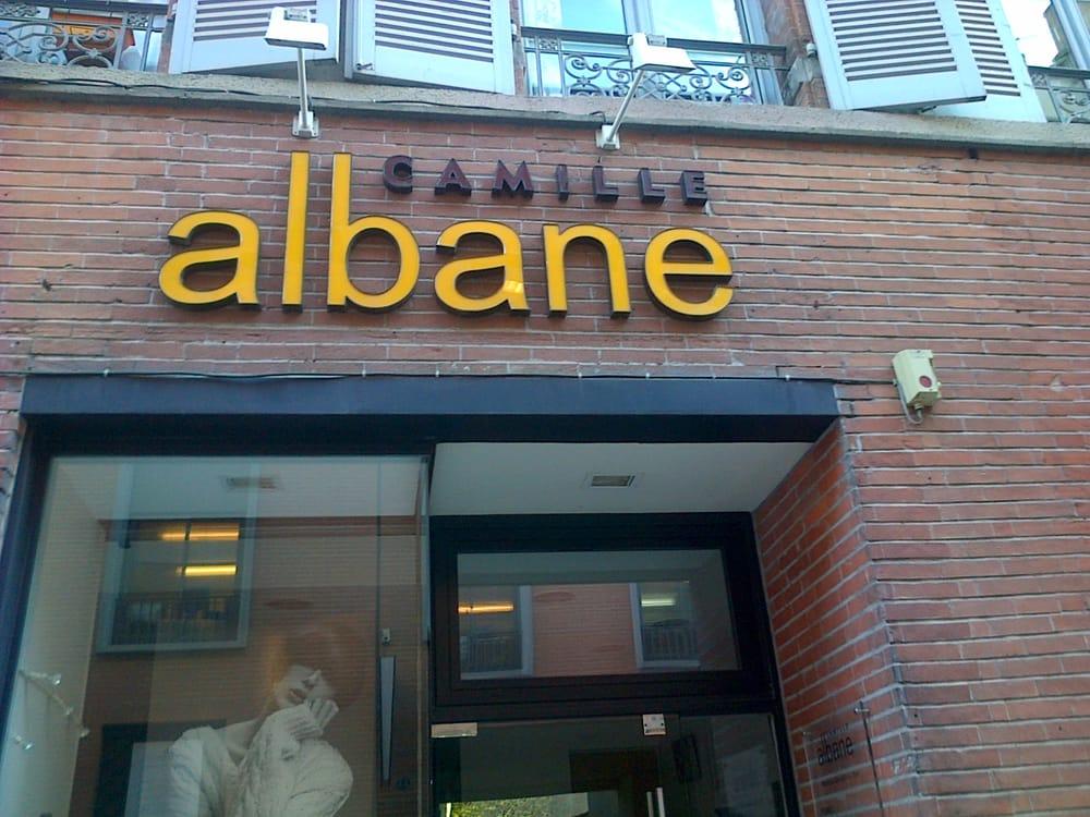 Camille albane coiffeurs salons de coiffure 42 rue for Salon de coiffure camille albane