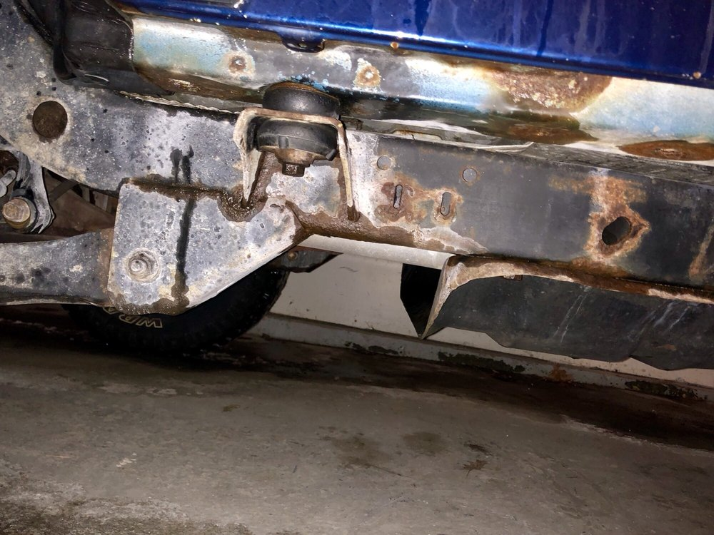 Undercarriage on cleans half the frame as you can see did not get ...