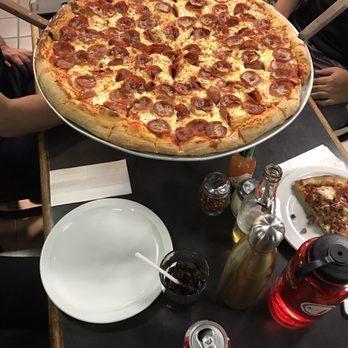 The Big Slice Restaurant Toronto