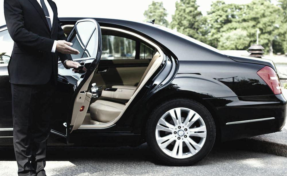 Miami VIP Car Services: 9600 NE 2nd Ave, Miami, FL