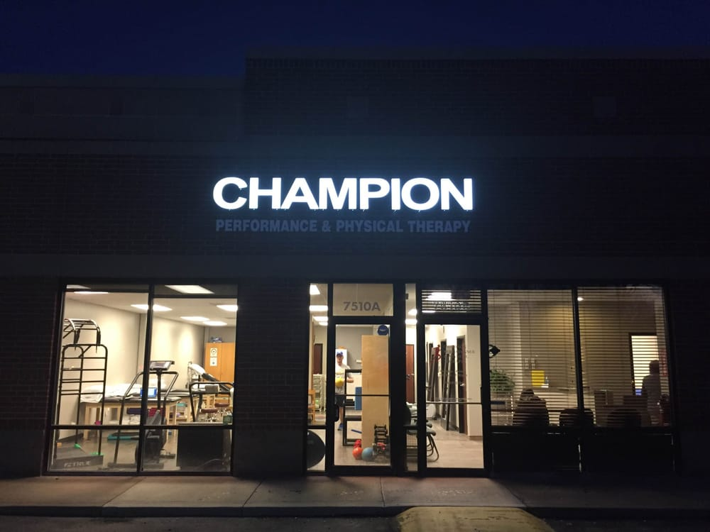 Champion Performance & Physical Therapy: 7510 State Line Rd, Prairie Village, KS