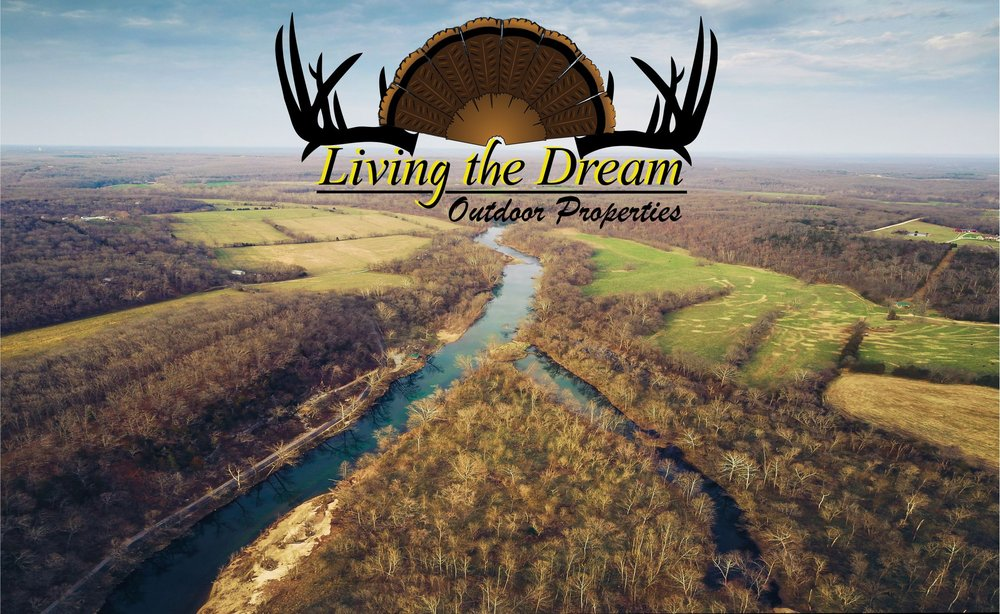 Living the Dream Outdoor Properties: 515 S Franklin, Cuba, MO