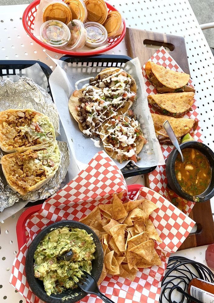 Cali-Spartan Mexican Kitchen: 1008 Blossom Hill Rd, San Jose, CA