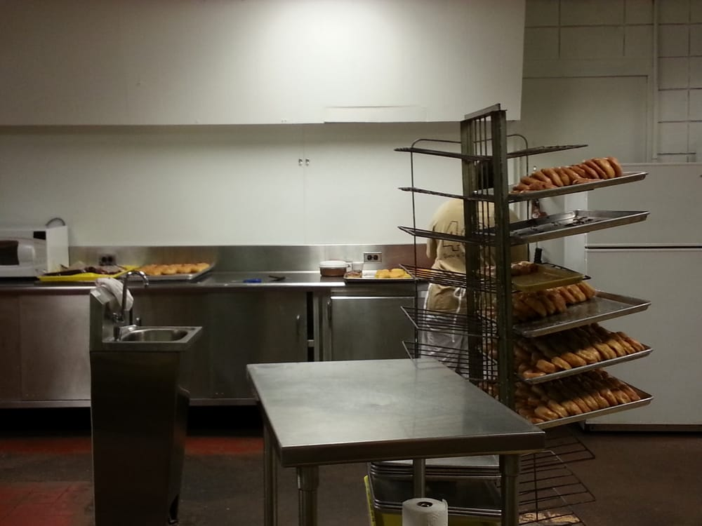 Jeri-Lin Donuts: 840 N 10th St, Blytheville, AR