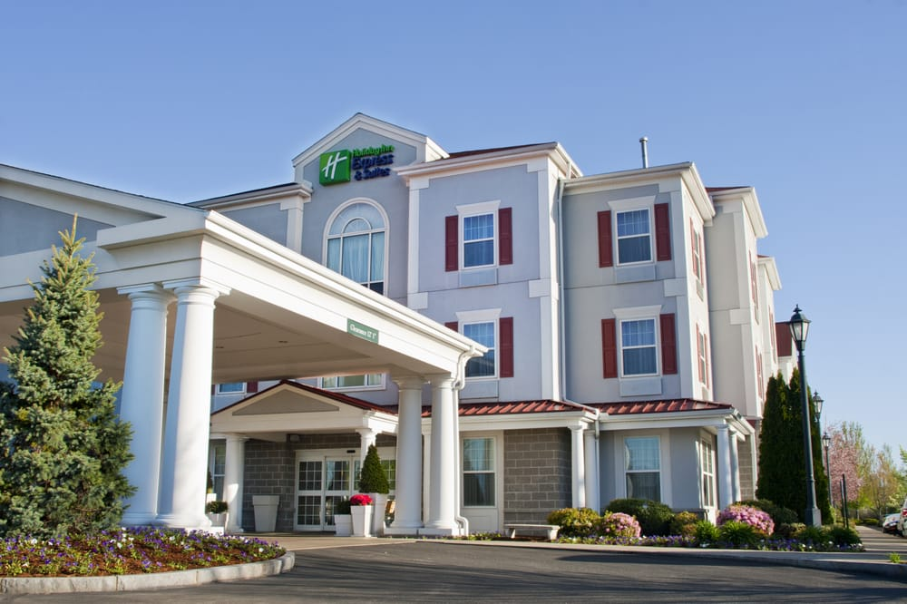 Holiday Inn Express & Suites Amherst-Hadley: 400 Russell St, Hadley, MA