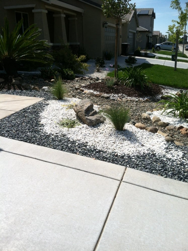 Rockscape Front Yards - Garden Inspiration on rock front yard designs, desertscape front yard designs, landscaping front yard designs,