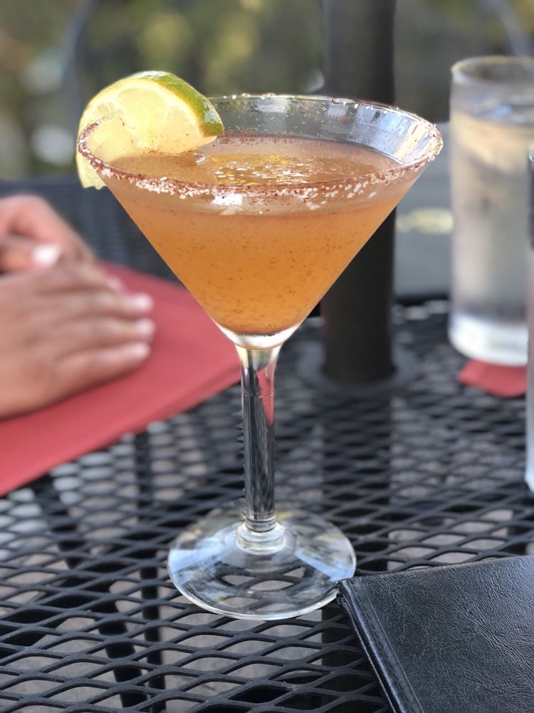 City Cafe Restaurant & Bar: 607 N Azusa Ave, Azusa, CA