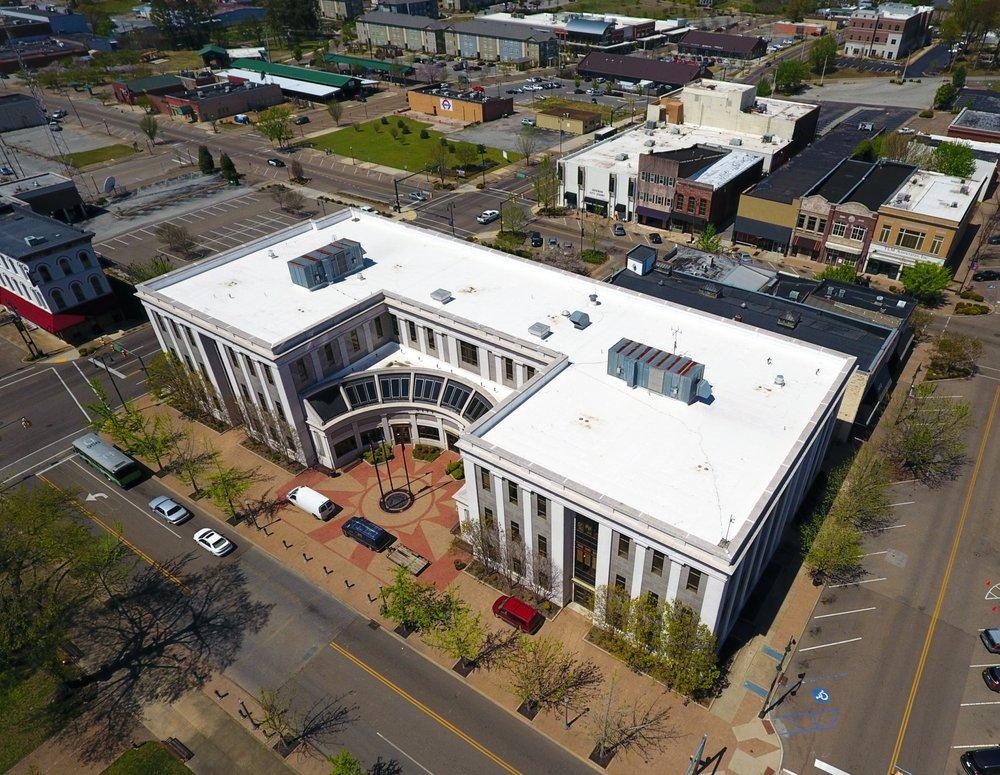 Apex Building Company, LLC: 2047 Kefauver Dr, Milan, TN