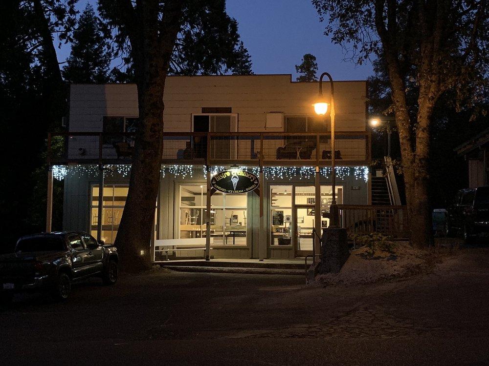 Bistro Creamery: 1232 Oak Circle, Arnold, CA