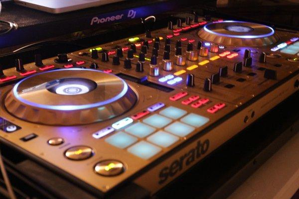 DJ Moe Armani Diamond Entertainment