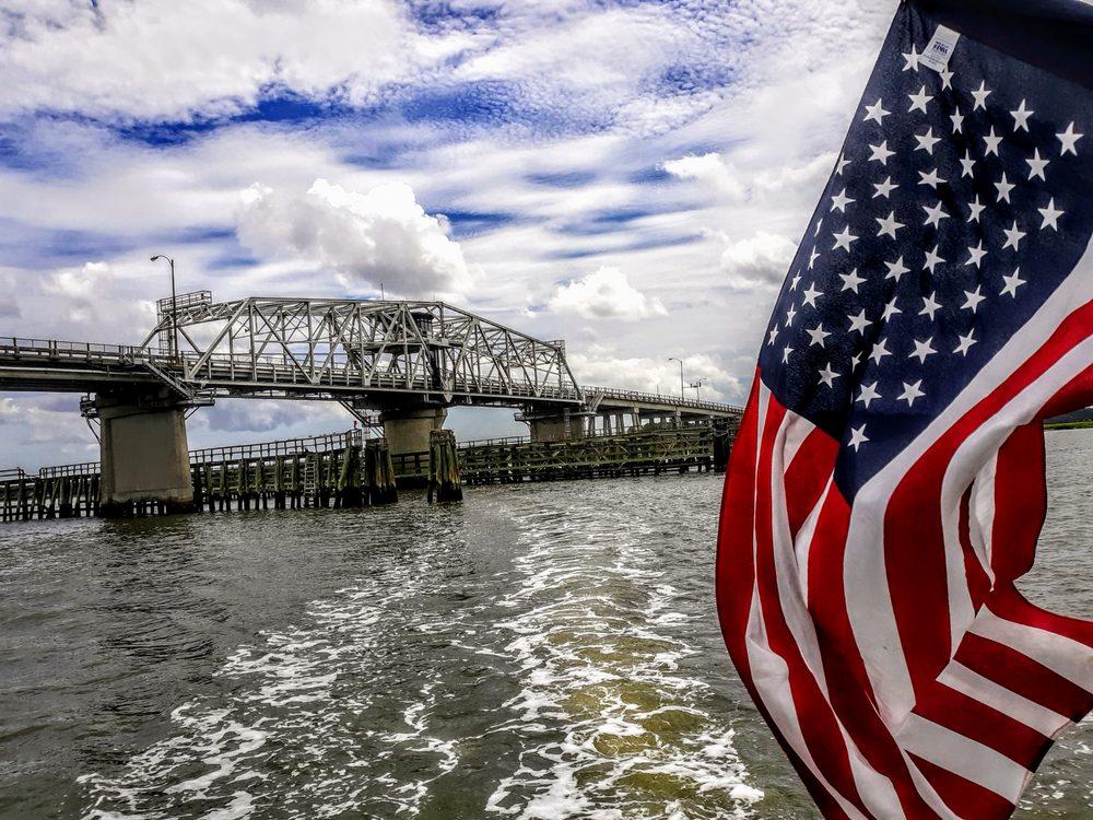 Captain Dick's Beaufort River Tours: 1006 Bay St, Beaufort, SC
