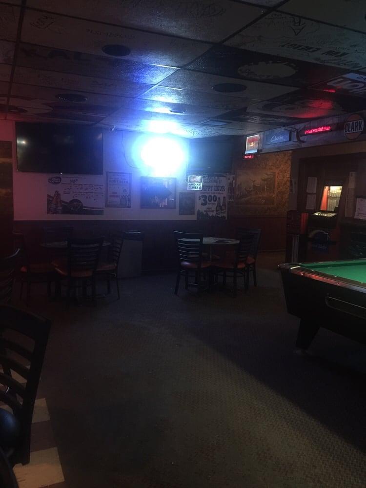 Phat Pheasant Pub: 2370 Hwy 60 E, Windom, MN