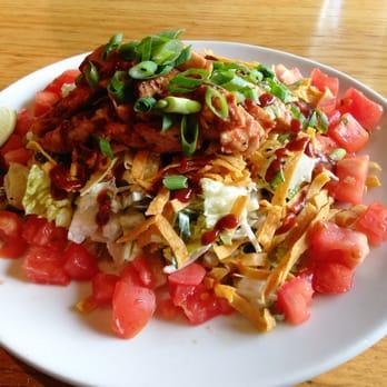 California Pizza Kitchen The Original Bbq Chicken Chopped Salad Half