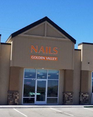 Nails Golden Valley
