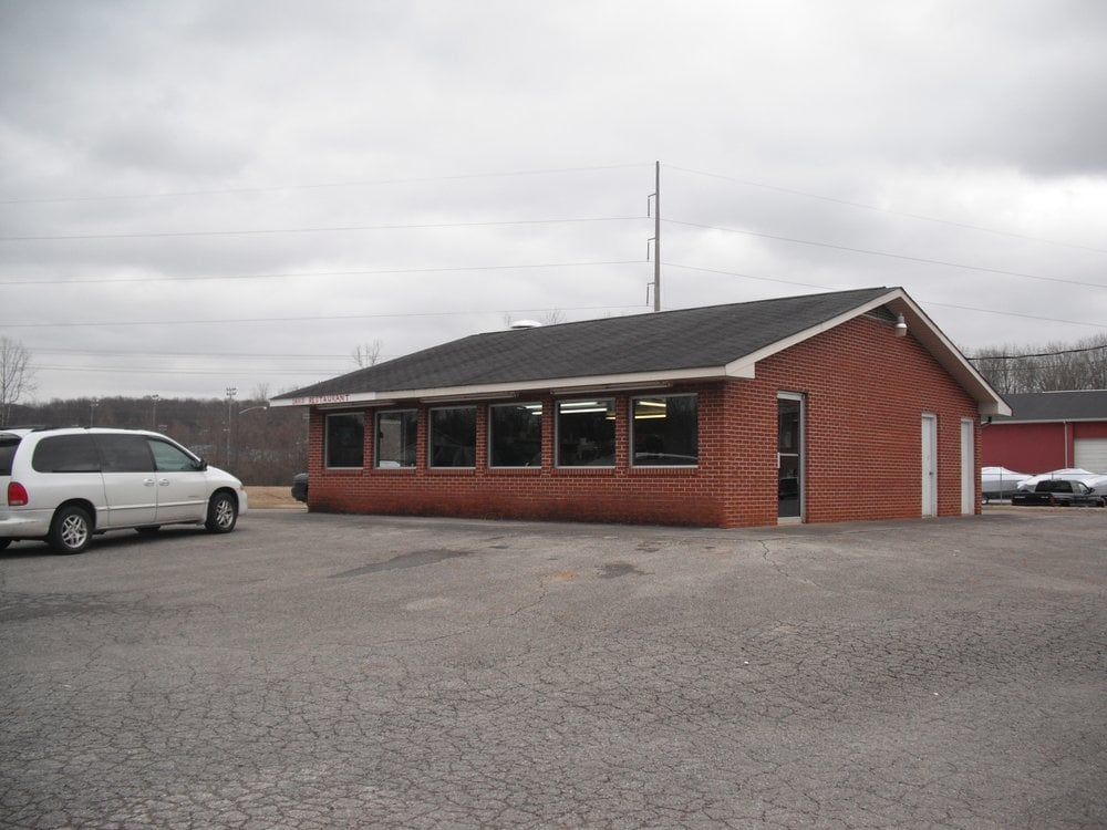 Davis Restaurant: 310 Sweetwater Vonore Rd, Sweetwater, TN