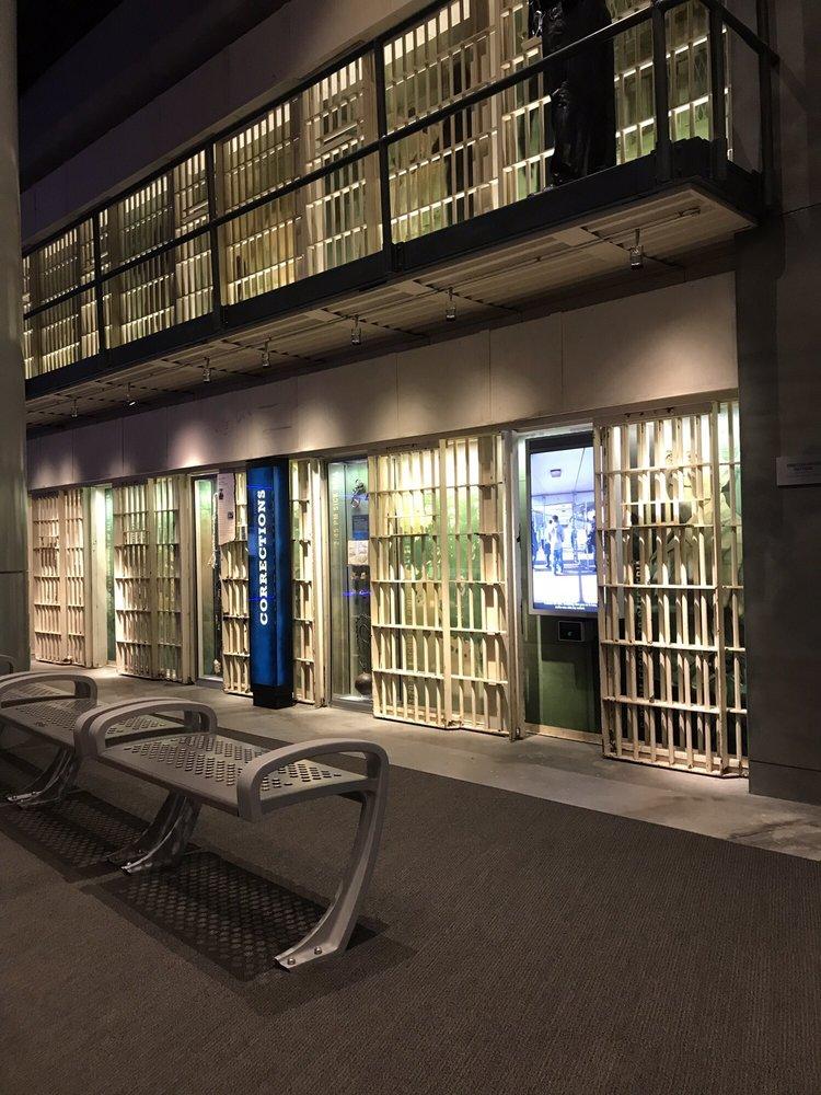National Law Enforcement Museum : 444 E St NW, Washington, DC, DC