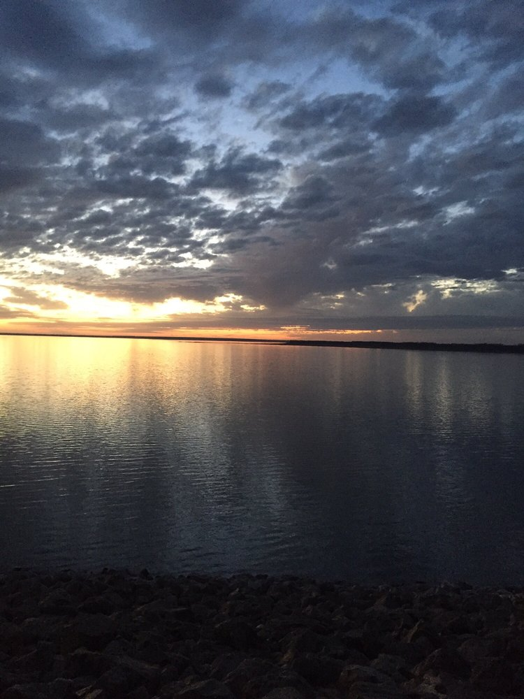 Harlan County Lake: 70788 Corps Rd A, Republican City, NE