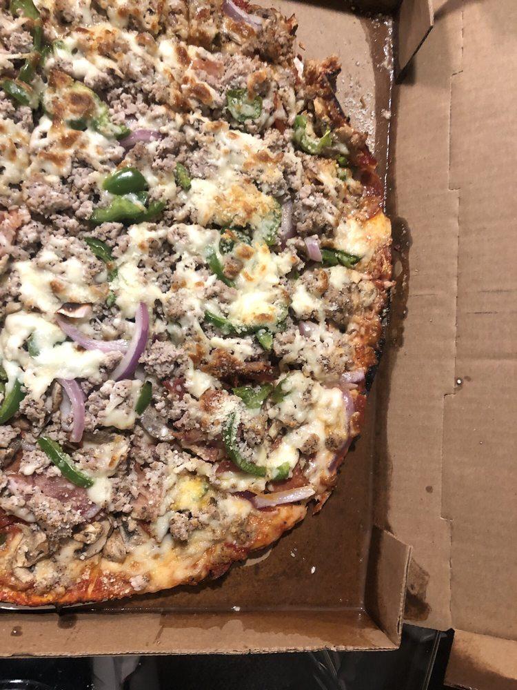 Papa Vito's Pizza: 223 W Mill St, Waterloo, IL