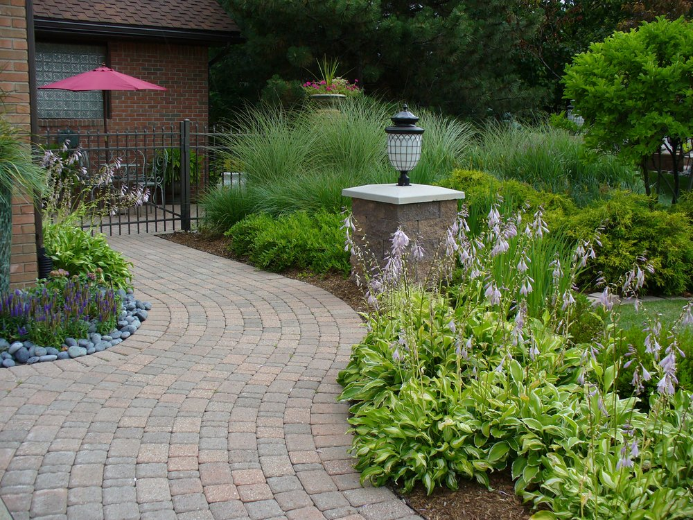 Professional Gardener & Landscape Services: 554 Creyts Rd, Dimondale, MI