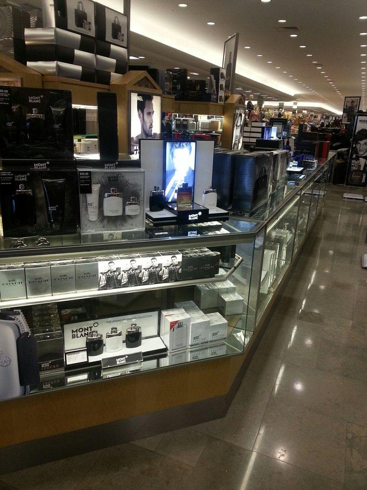 Dillard's: 3100 Gateway Blvd, Prescott, AZ