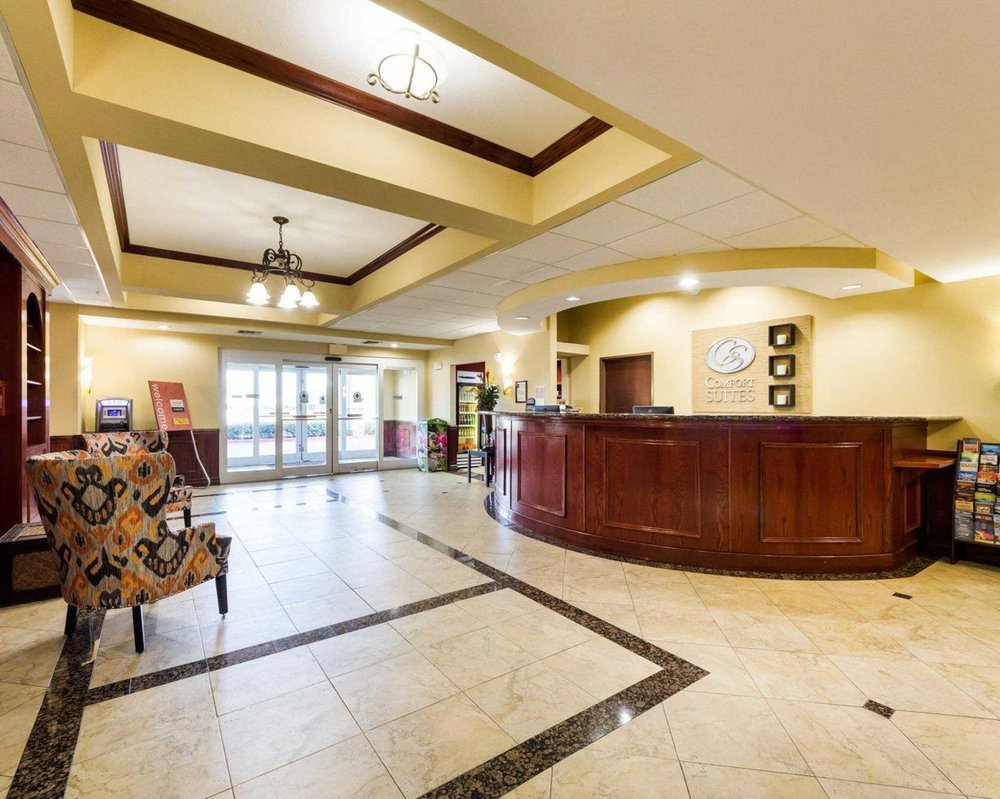 Comfort Suites Central: 538 South Padre Island Drive, Corpus Christi, TX