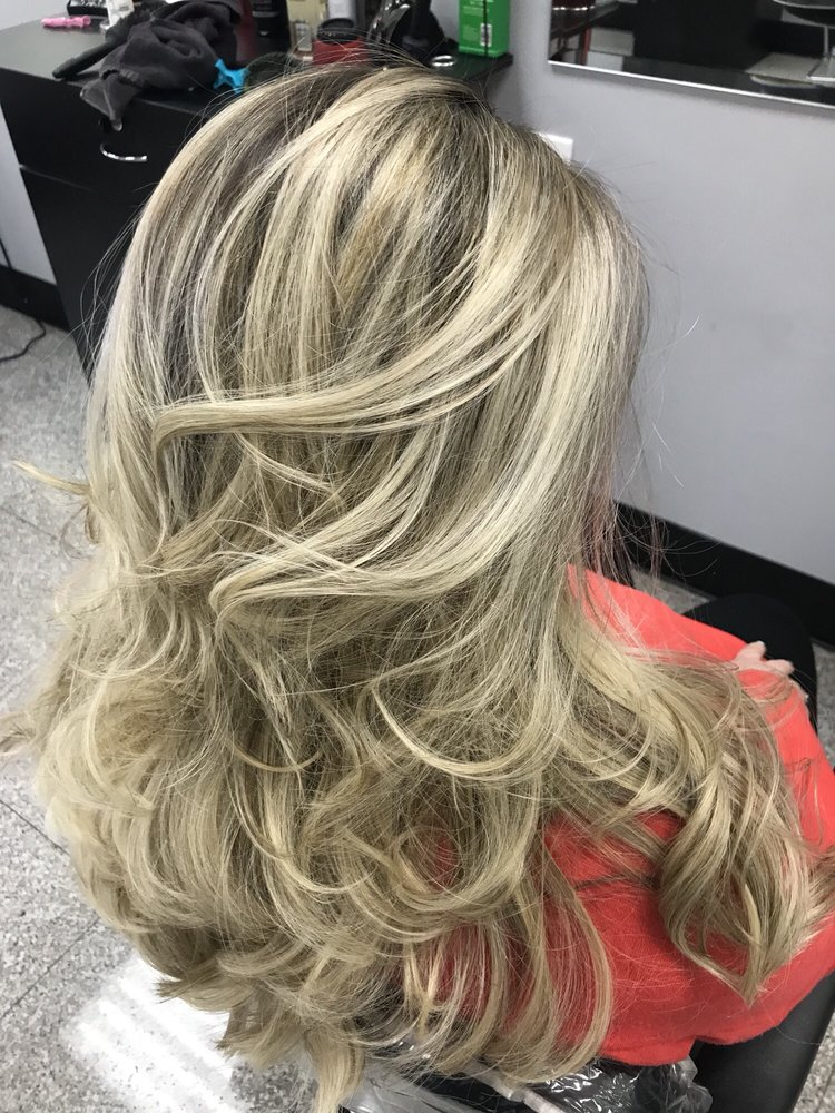 Trenditions Hair Salon: 237 Middle Country Rd, Coram, NY