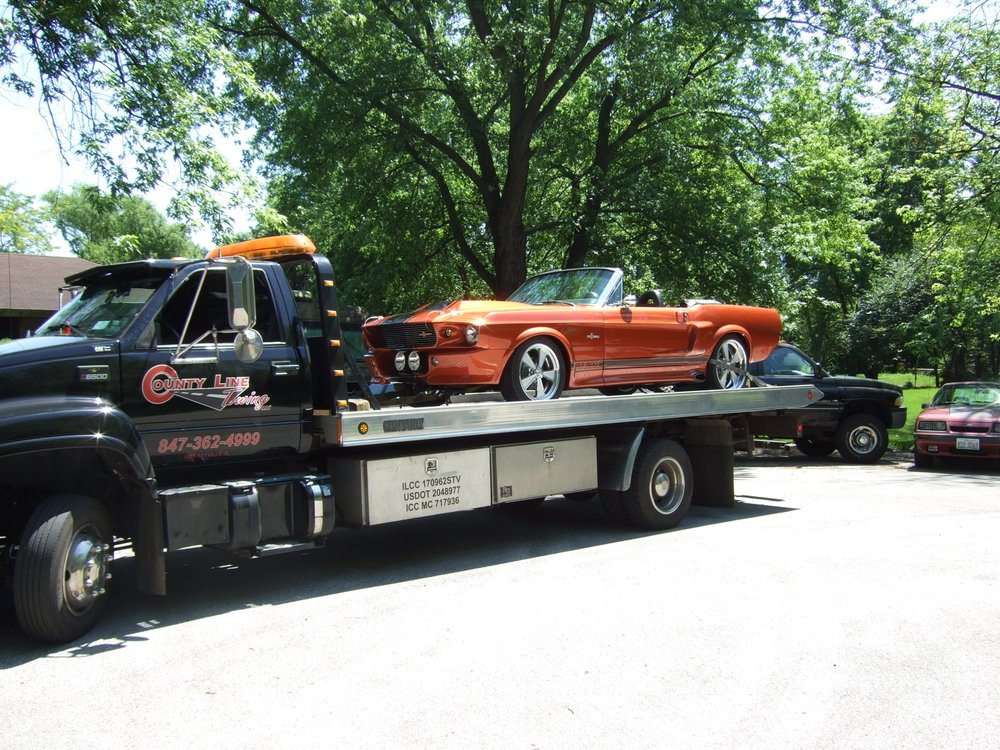 Towing business in Libertyville, IL