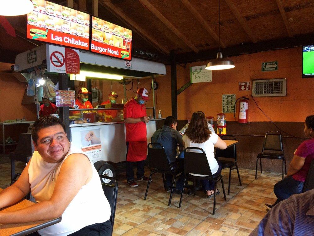 Las Chilakas Burger: Calle Pino Suárez 645, Ciudad Acuña, COA
