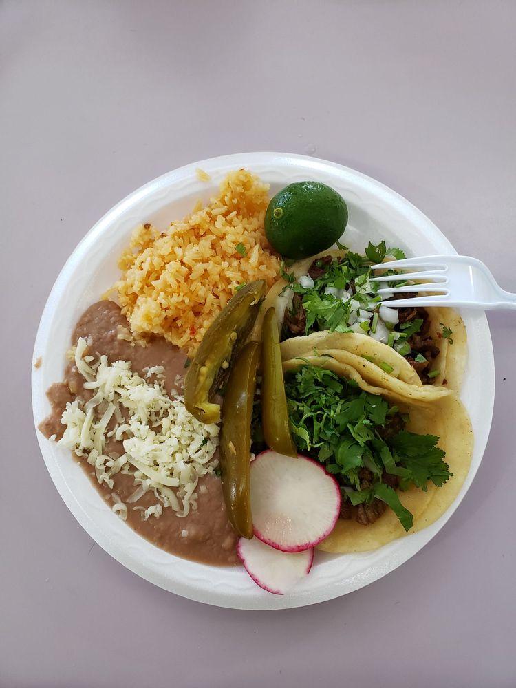 Food from Taqueria Juanitos
