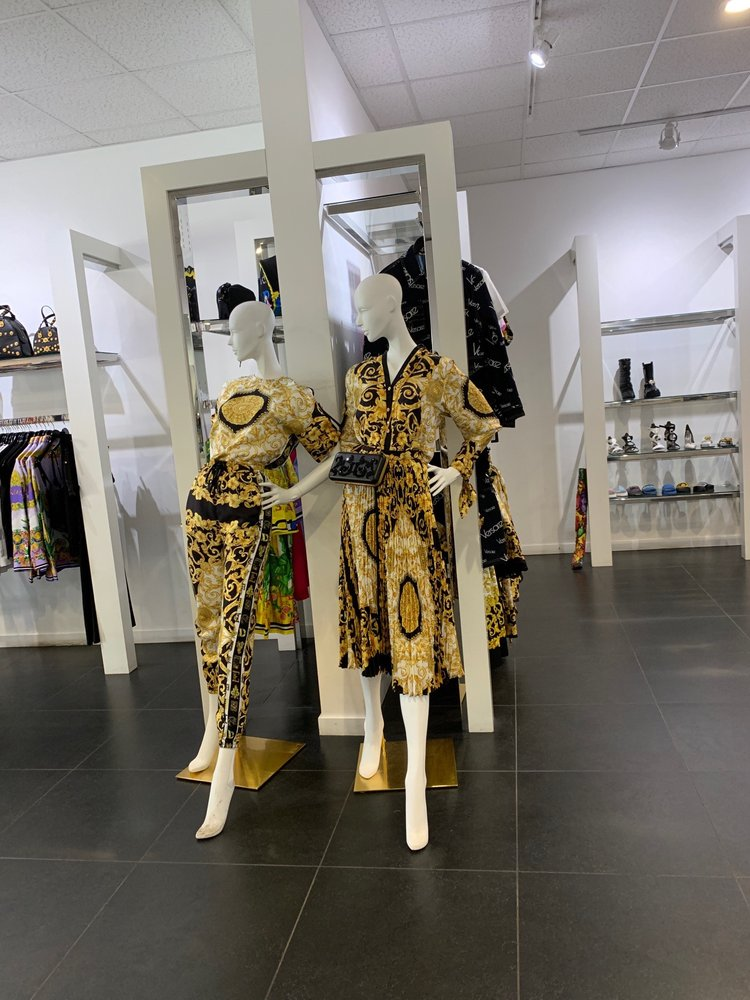 Versace Company Store: 48650 Seminole Dr, Cabazon, CA