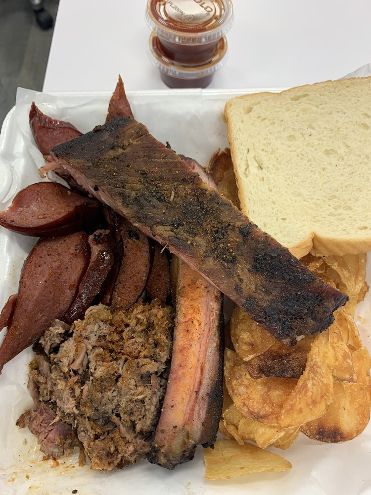 Daddy B's BBQ, LLC: 601 S Broadway Ave, Haskell, OK