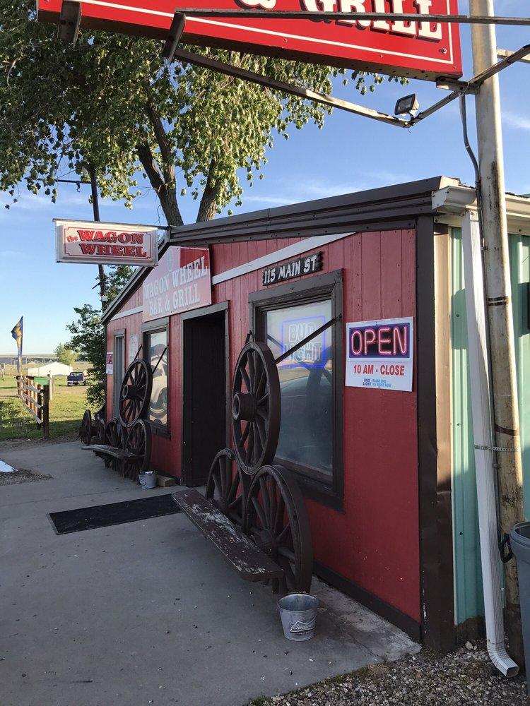 Wagon Wheel Bar & Grill: 115 Main St, Interior, SD